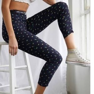Forever 21 Floral Ankle Pants